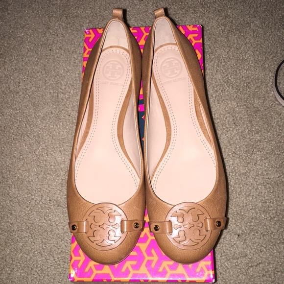 36d1e4cd6 Tory Burch Mini Miller Flats Royal Tan Tumbled 7.5